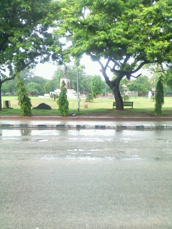 Opposite Place of Ram Niwas Garden